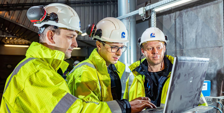 pracownicy usługi energetyka